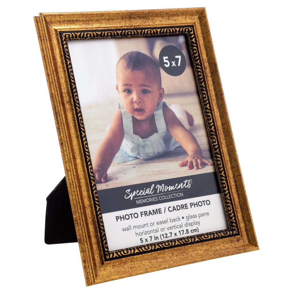 069ea5520e01 Special Moments Plastic Gold Scroll Picture Frames